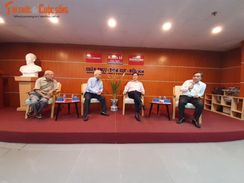 """Chu tich VUSTA Phan Xuan Dung: """"KH&CN dang thay doi nguoi lam bao""""-Hinh-2"""