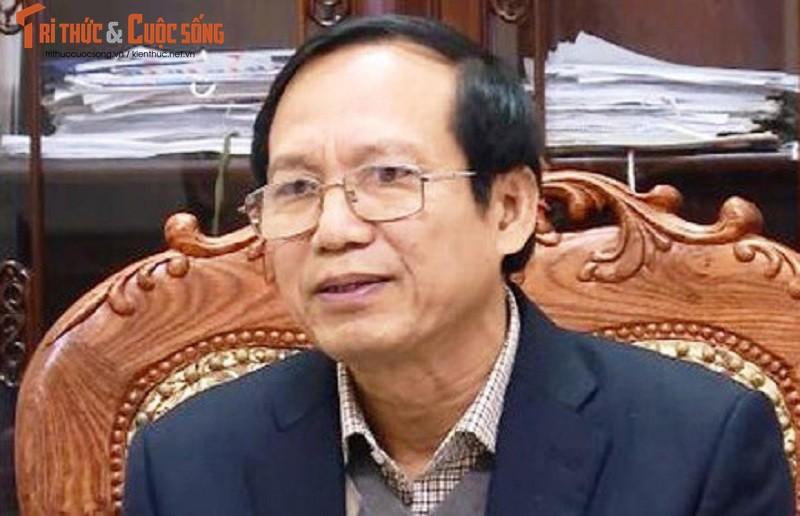 Ban dat nong nghiep tai huyen Quang Xuong, lanh dao thi nhau bi khoi to, dieu chuyen