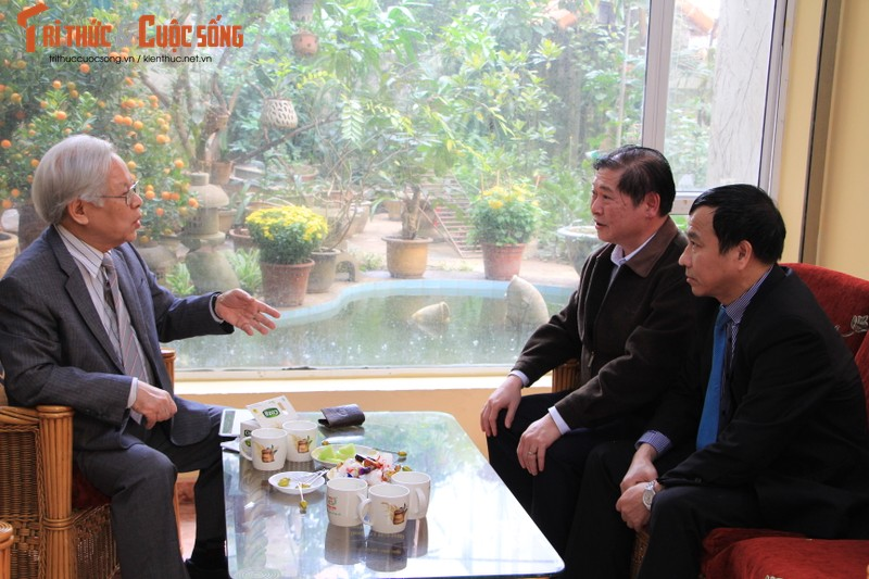 Chu tich Phan Xuan Dung tham, chuc Tet nguyen Lanh dao Lien hiep cac Hoi KH&KT Viet Nam-Hinh-2