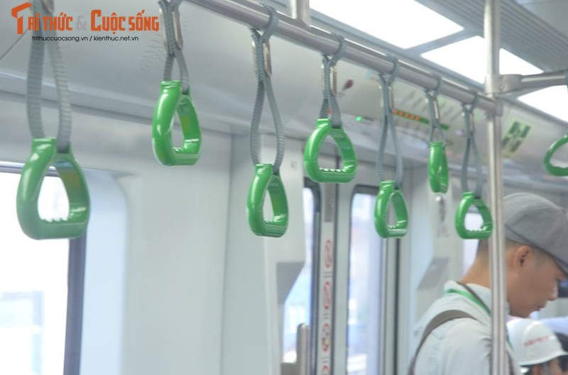 Can canh chay thu tau dien tren cao Cat Linh - Ha Dong-Hinh-5