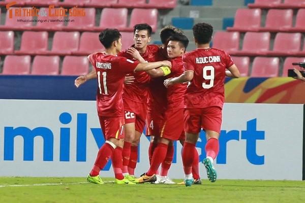 Sai lam cua Bui Tien Dung, U23 Viet Nam ve que an Tet-Hinh-6