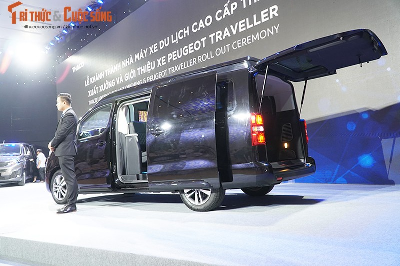 Can canh MPV Peugeot Traveller gia tu 1,7 ty tai VN-Hinh-4