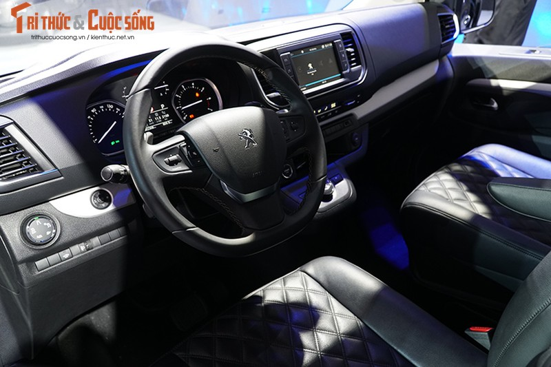 Can canh MPV Peugeot Traveller gia tu 1,7 ty tai VN-Hinh-7