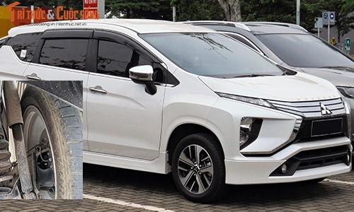 """Sau loi bom xang, khach """"to"""" Mitsubishi Xpander chay dau"""