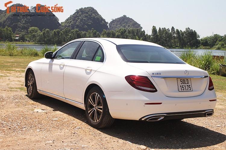 Danh gia Mercedes-Benz E180 2020, hon 2 ty tai Viet Nam-Hinh-2