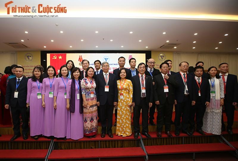 Toan canh Dai hoi Dai bieu toan quoc Lien hiep Hoi Viet Nam lan thu VIII-Hinh-12