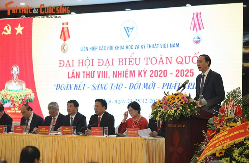 Toan canh Dai hoi Dai bieu toan quoc Lien hiep Hoi Viet Nam lan thu VIII-Hinh-6